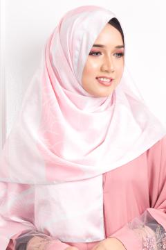 PUSPA - Anna Rose in Pink - Anggun Chitra
